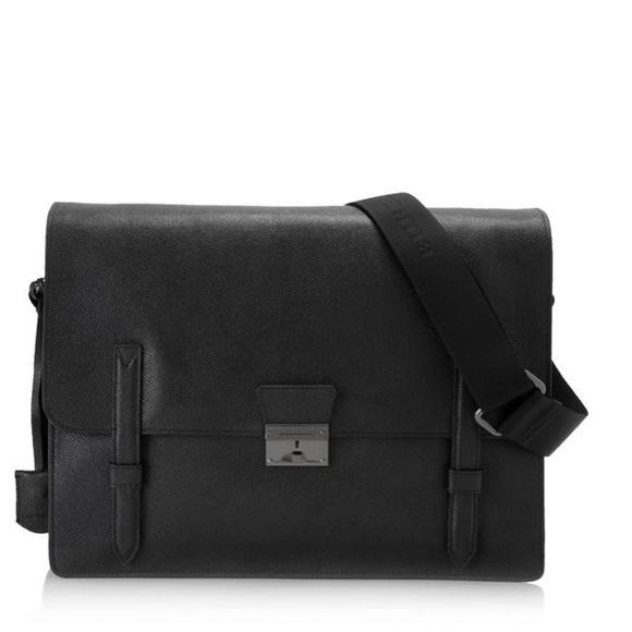 NWT Burberry London leather rivendale messenger 8f7667e05aee1